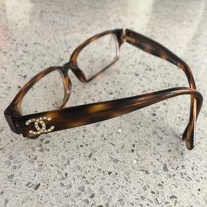 bbb54746d383 CHANEL Optical tortoise and rhinestone glasses